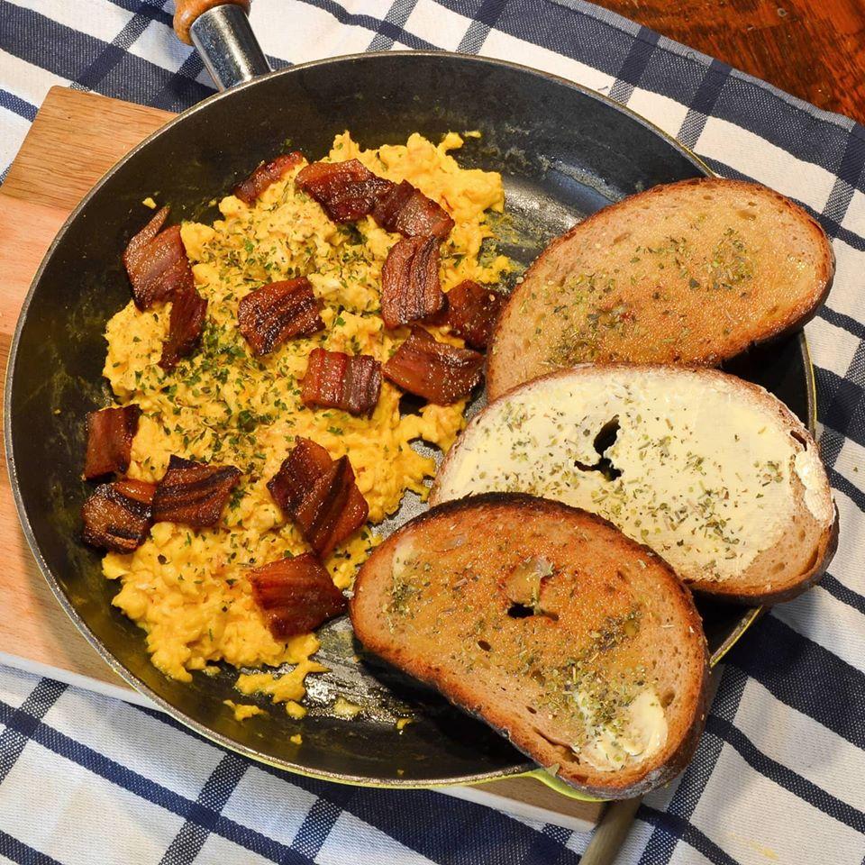 Wiener Feinkost | Eierspeise mit Speck